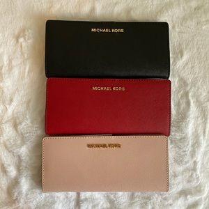 Michael Kors flat bfld wallet